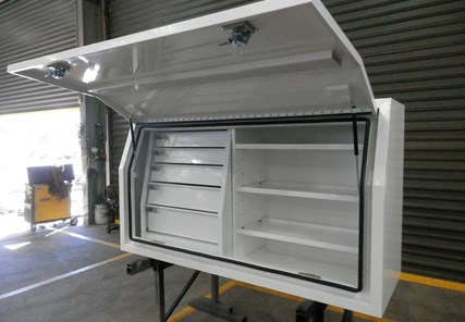 White Gull Wing Toolbox 1500 & 1800 With Drawers